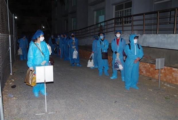 Vietnam suma dos mil 631 casos positivos del COVID-19 hinh anh 1