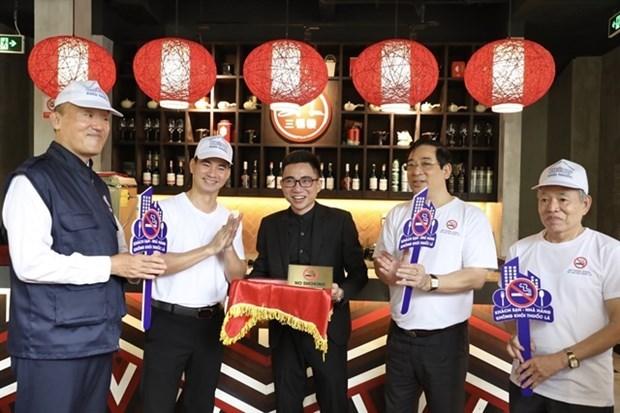 Ministerio vietnamita de Salud y OMS lanzan campana Libre de Humo en restaurantes y hoteles de Hanoi hinh anh 1