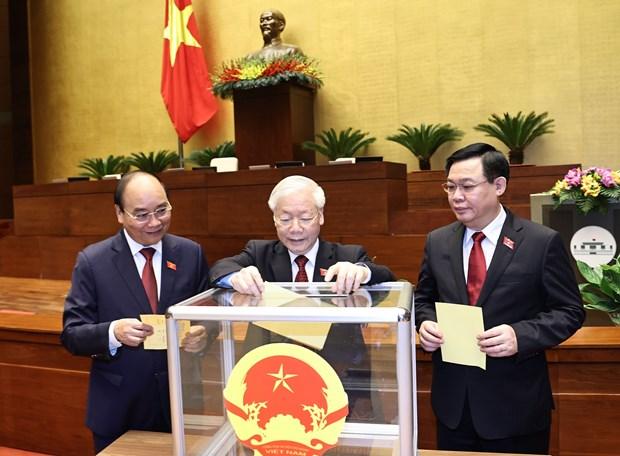 Parlamento de Vietnam procede a elegir a jefes de Estado y de Gobierno hinh anh 1