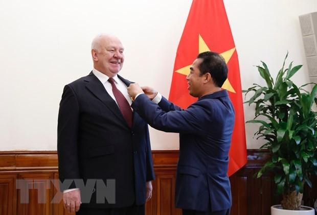 Exembajador ruso expresa profundas impresiones sobre la cultura, el pais y la gente de Vietnam hinh anh 1