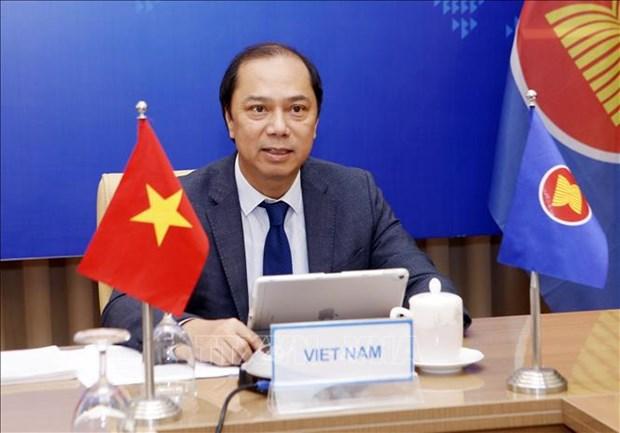 Vietnam propone al Reino Unido intensificar apoyo a ASEAN hinh anh 1