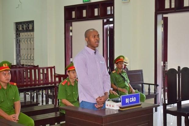 Condenan a pena de muerte en Vietnam a traficante nigeriano de drogas hinh anh 1