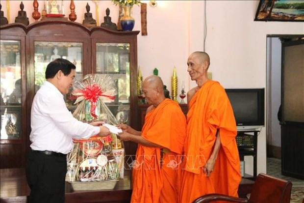 Felicitan a comunidad Khmer en Vietnam con motivo de su fiesta tradicional hinh anh 1
