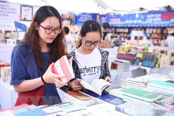 Dia del Libro de Vietnam: Promueven la lectura en la comunidad hinh anh 1