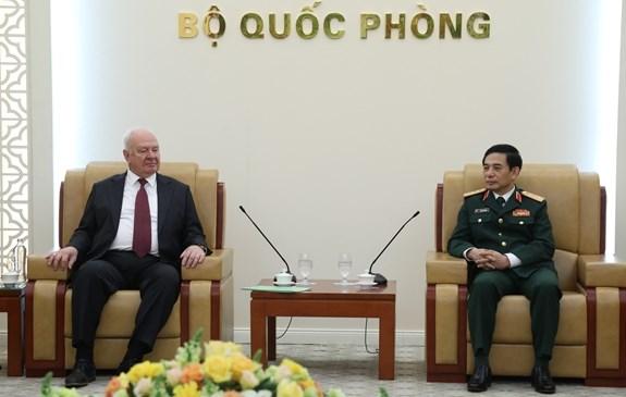 Vietnam fortalece cooperacion en defensa con Laos, Camboya y Rusia hinh anh 3