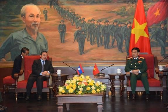 Vietnam fortalece cooperacion en defensa con Laos, Camboya y Rusia hinh anh 1