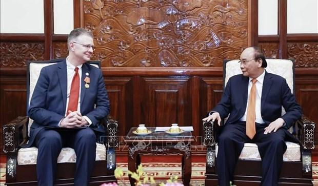 Presidente vietnamita aprecia los aportes del embajador estadounidense hinh anh 1