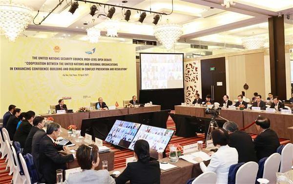 Confianza y dialogo son clave para la paz duradera, afirma Vietnam, presidente de Consejo de Seguridad hinh anh 2