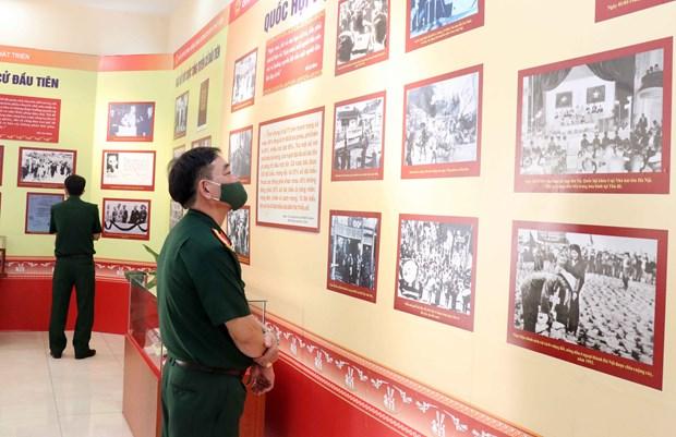 Inauguran exposicion sobre Asamblea Nacional de Vietnam hinh anh 2