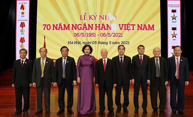 Enaltecen aportes del sector bancario al desarrollo economico de Vietnam hinh anh 2