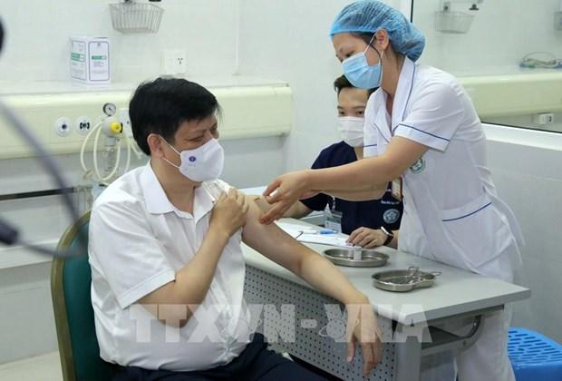Proceso de vacunacion contra COVID-19 en Vietnam se implementa con mayor seguridad hinh anh 1
