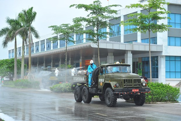 Desinfectan Hospital Nacional de Enfermedades Tropicales 2 de Vietnam por COVID-19 hinh anh 1