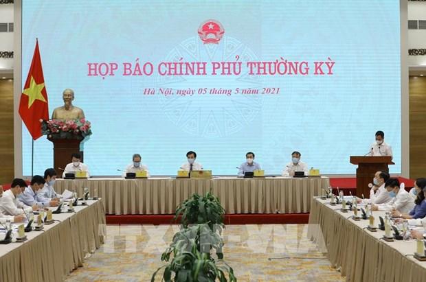 Vietnam busca mantener logros economicos en situacion epidemica hinh anh 1