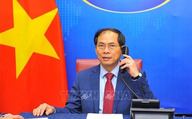 Vietnam y Cuba fortalecen nexos de amistad especial hinh anh 1