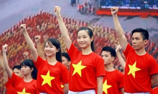 Premier vietnamita destaca importancia de recursos humanos para desarrollo nacional hinh anh 1