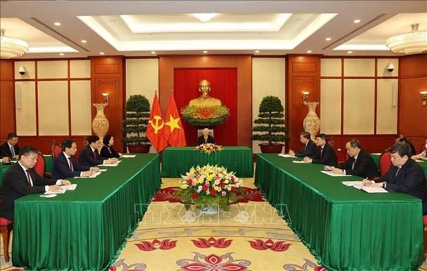 Prensa cubana destaca dialogo de lideres partidistas de Vietnam y Cuba hinh anh 1