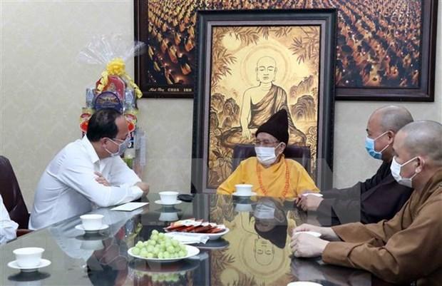 Destacan contribuciones de Sangha Budista de Vietnam en lucha contra el COVID-19 hinh anh 1