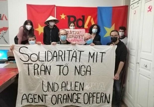 Partido Suizo del Trabajo ratifica solidaridad con victimas del Agente Naranja en Vietnam hinh anh 1