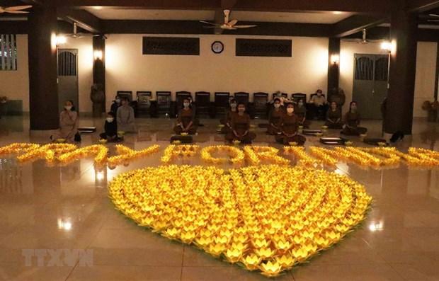 Budistas en Ciudad Ho Chi Minh reafirman solidaridad con India en medio del COVID-19 hinh anh 1