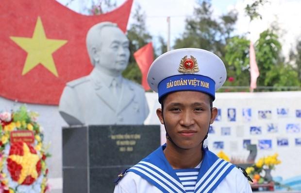 Celebran elecciones anticipadas en varias islas y areas fronterizas en Vietnam hinh anh 1