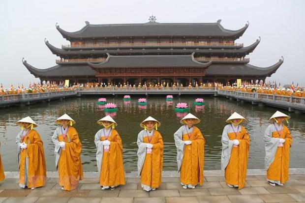 Extienden mejores deseos a comunidad budista en Vietnam con motivo del Vesak hinh anh 1