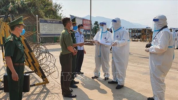 Deportara Vietnam a trabajadores indocumentados en el pais hinh anh 1