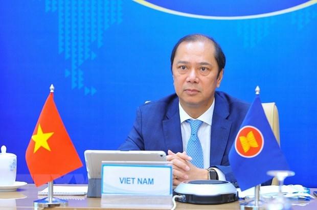 Propone Vietnam a la ASEAN y China impulsar recuperacion sostenible postCOVID-19 hinh anh 1