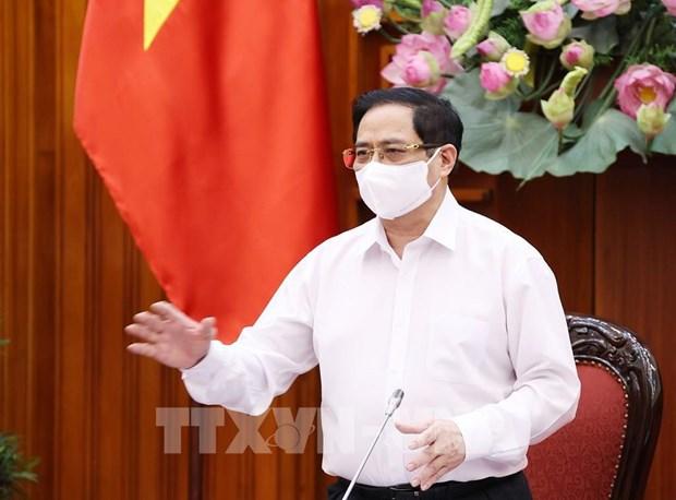 Premier vietnamita pide acelerar importacion de vacunas contra el COVID-19 hinh anh 2