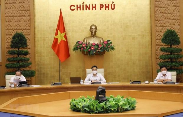 Vicepremier vietnamita insta a las localidades a estar en alerta maxima por COVID-19 hinh anh 1