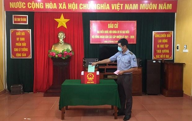 Organizaran votacion anticipada en colegios electorales de 16 localidades vietnamitas hinh anh 2
