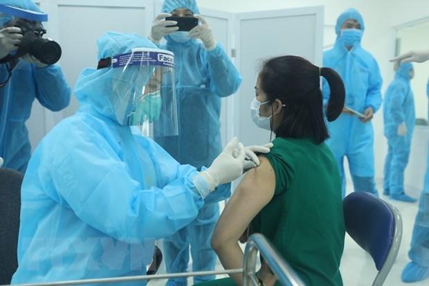 Vietnam dedicara 524 millones de dolares a compras de vacuna antiCOVID-19 hinh anh 1