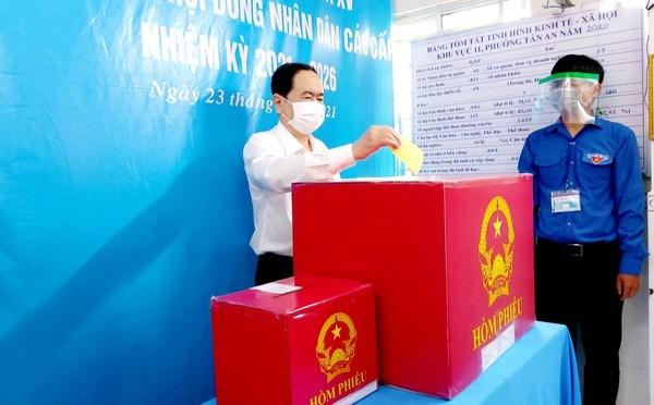Vicepresidente del Parlamento vietnamita participa en elecciones legislativas en Can Tho hinh anh 1