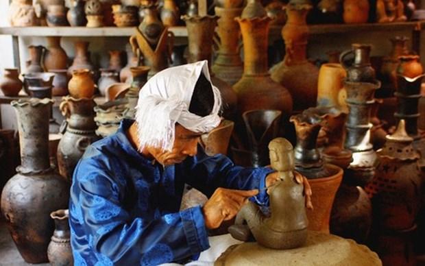 Efectuaran exposicion de ceramica artistica de Vietnam 2021 hinh anh 1