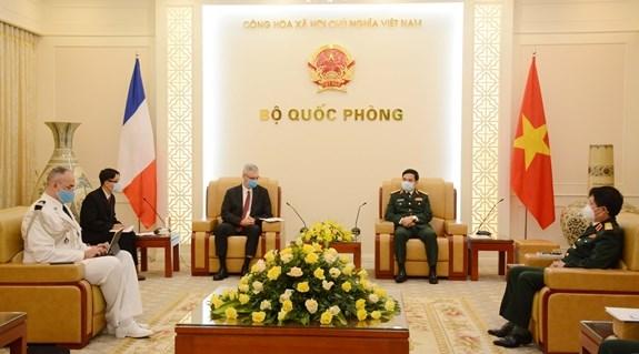 Vietnam destaca relaciones de asociacion estrategica con Francia hinh anh 1
