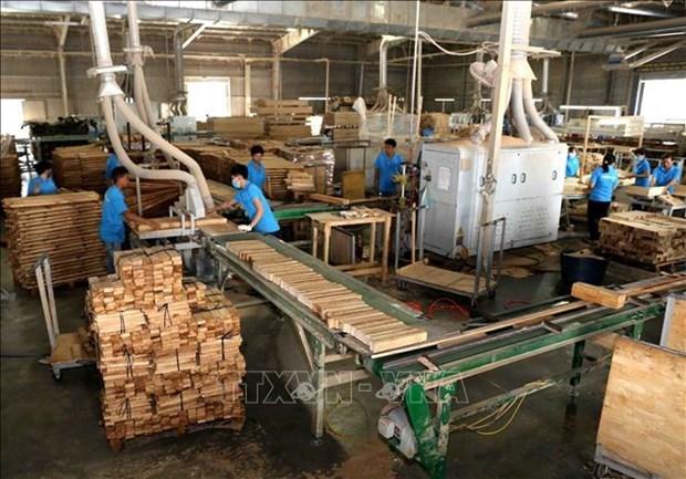 Exportaciones madereras de Vietnam aumentan 50,5 por ciento entre enero y abril hinh anh 1