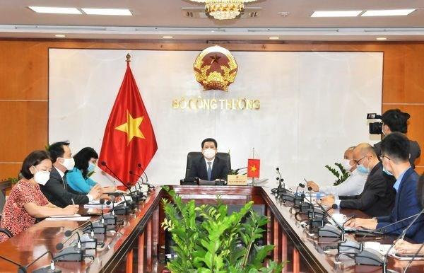 Vietnam y Japon coordinan implementacion del Acuerdo Transpacifico hinh anh 2
