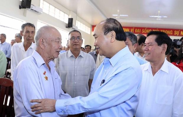 Proponen destinar casi 21 millones de dolares a personas con meritos revolucionarios en Vietnam hinh anh 1