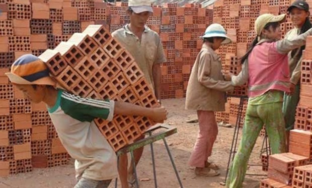Vietnam busca prevenir y reducir el trabajo infantil hinh anh 1