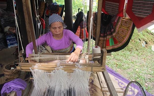 Pospuesto Festival de Oficios Tradicionales de Hue hinh anh 1