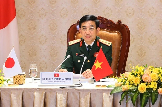 Fortalecen nexos Vietnam-Japon en defensa hinh anh 1