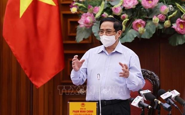 Primer ministro vietnamita preside reunion ordinaria del Gobierno en mayo hinh anh 1
