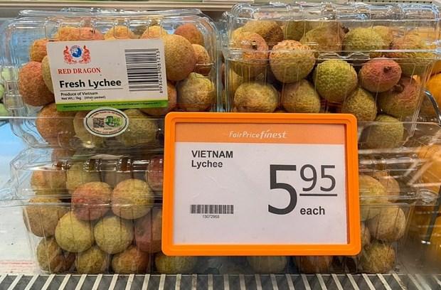 En venta lichis de Vietnam en supermecados de FairPrice de Singapur hinh anh 1