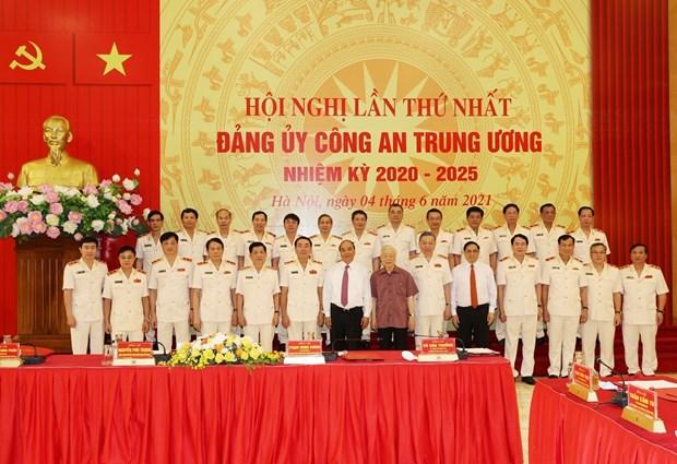 Anuncian nombramiento de Comision Central de Seguridad Publica hinh anh 2