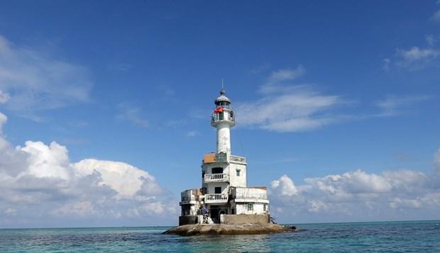 Faros en Truong Sa marcan soberania vietnamita en el mar hinh anh 1