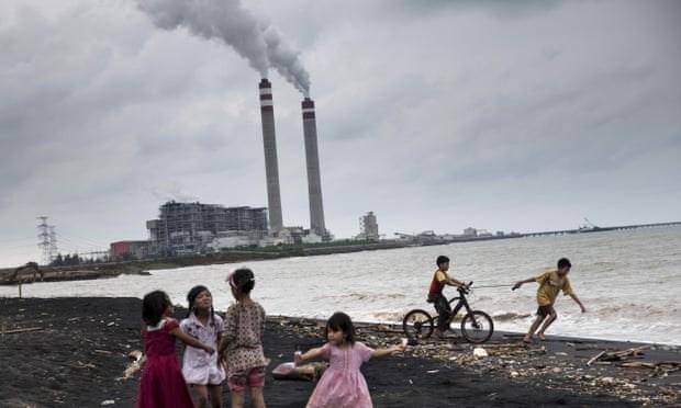 Indonesia por reducir en mil 20 millones de toneladas emisiones de CO2 hinh anh 1