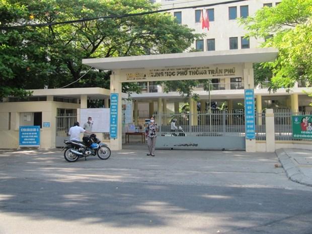 Estudiantes en ciudad vietnamita de Da Nang se someteran a pruebas del COVID-19 hinh anh 1
