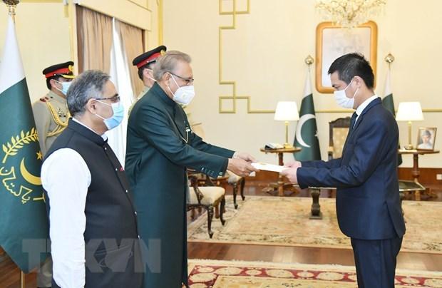 Vietnam desea promover los nexos de cooperacion con Pakistan hinh anh 1