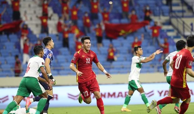 Felicita Primer Ministro vietnamita exito de seleccion nacional de futbol hinh anh 1