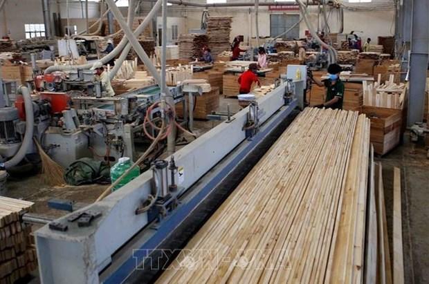 Aumentan exportaciones de madera de Vietnam a pesar de COVID-19 hinh anh 1