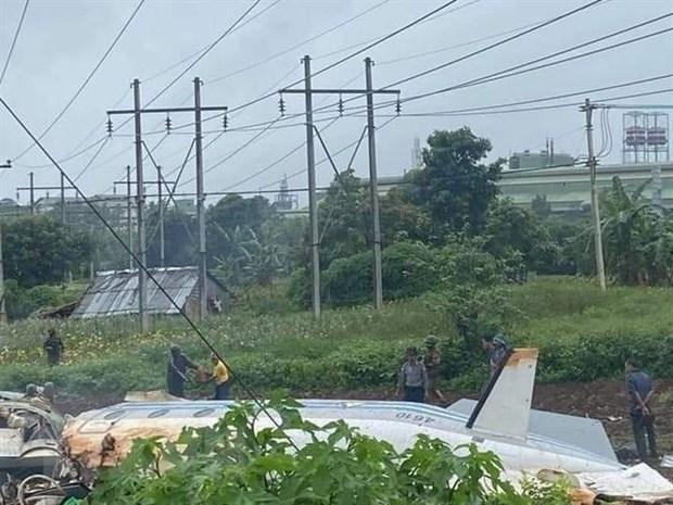 Mueren 12 personas en accidente de avion militar en Myanmar hinh anh 1